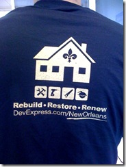 DevExpress TShirt TechEd Back, close-up logo