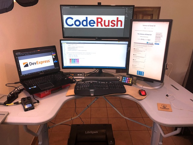 DeskWelcome