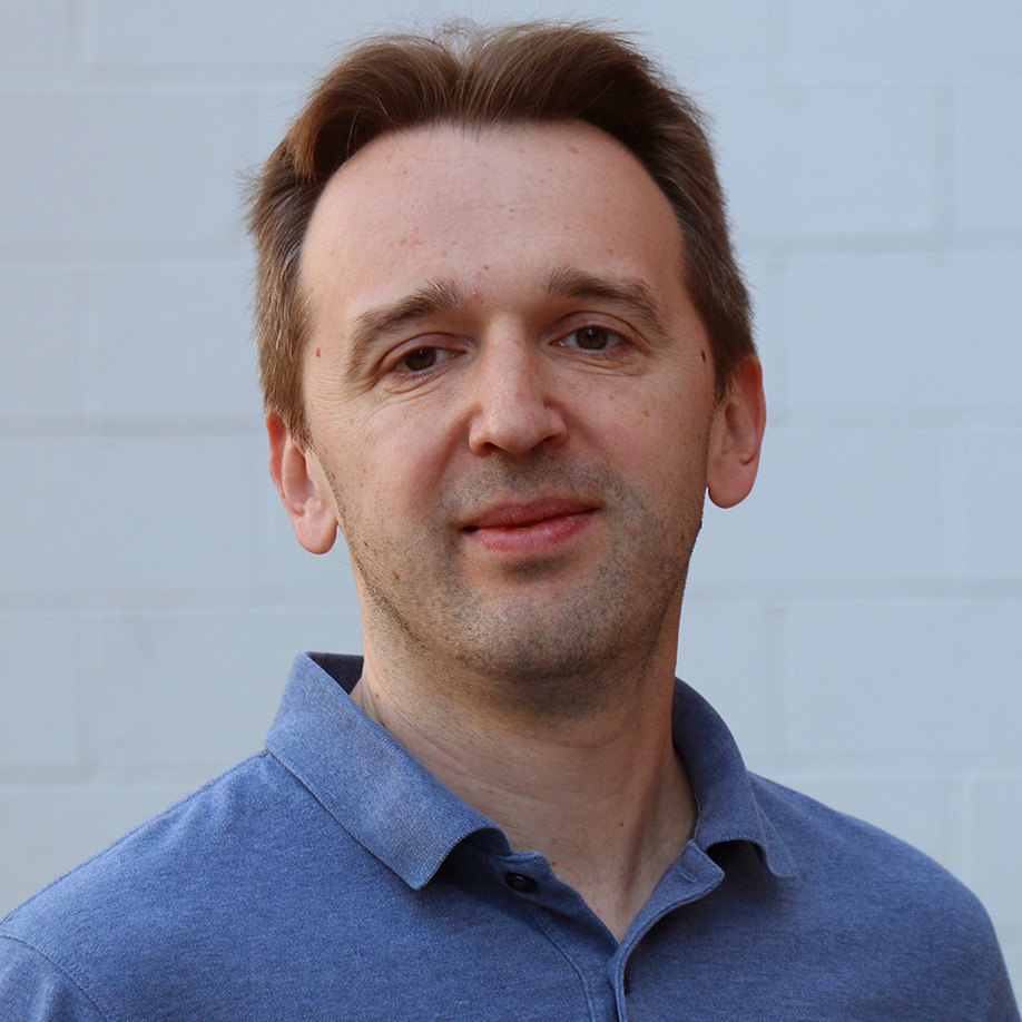 Vladimir Abadzhev (DevExpress)